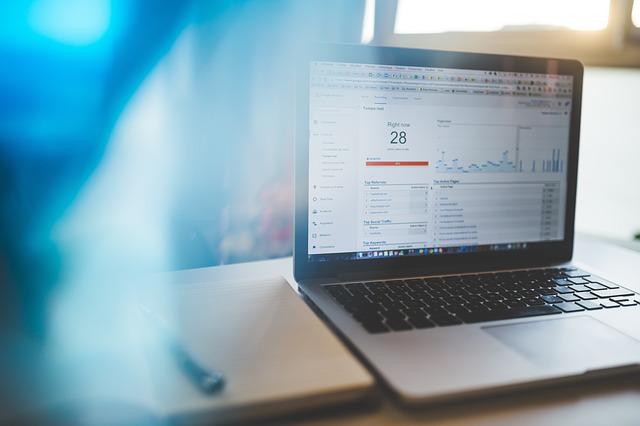 Google Analytics Konto: Property und Datenansichten richtig einrichten